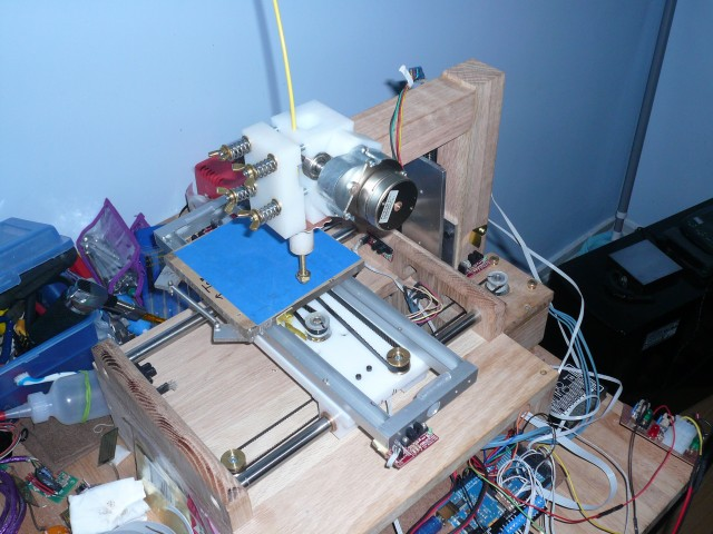 Extruder try number two.